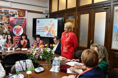 Нина Останина: Матери выбирают социализм