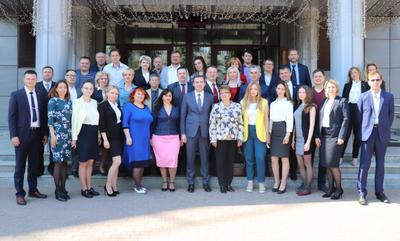 Юрий Афонин: Партийным юристам предстоит защищать товарищей, сражаться за партию и за будущее страны