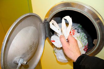 О плюсах и минусах мусоропровода в МКД