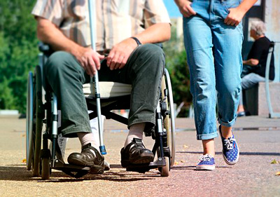 Помогаем инвалидам. Что регламентирует и как исполняется закон о защите инвалидов