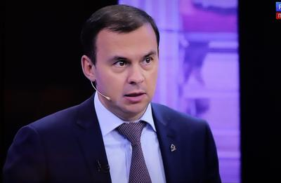 В КПРФ призвали к проведению самостоятельной внешней политики с опорой на сильную экономику и ОПК