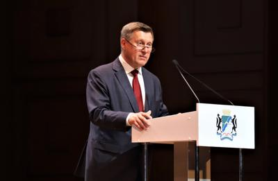 Коммунист Анатолий Локоть во второй раз вступил в должность главы Новосибирска