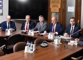 «Нет святее уз товарищества». Пресс-конференция Геннадия Зюганова в Госдуме