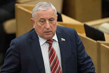 Николай Харитонов: Власть решает все экономические проблемы за счет населения