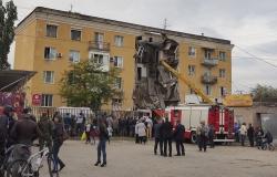 Подъезд дома в Волгограде обрушился из-за самовольного подключения к водопроводу