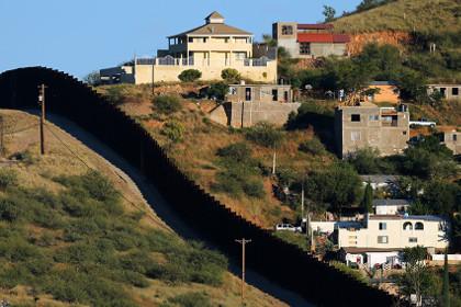Строительство стены на границе с Мексикой обойдётся США в 21,6 млрд долларов