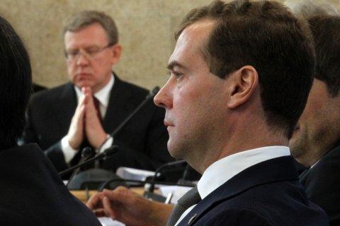 Кудрин войдет в состав правительства и лишит полномочий Медведева