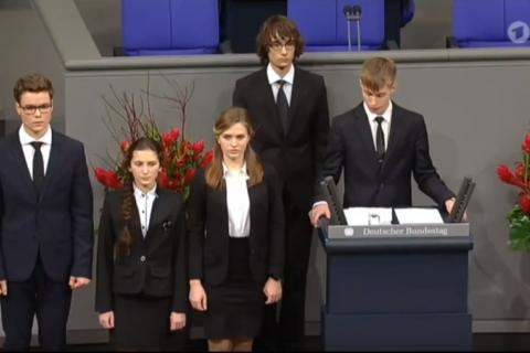 Российский школьник рассказал в Бундестаге о «невинно погибших» солдатах вермахта