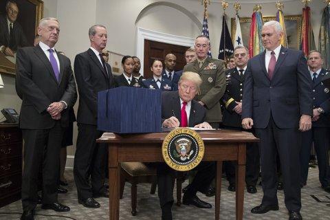 В США утвердили антикитайский военный бюджет — 716 млрд долларов