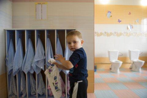 Свыше 450 тысяч детей в России нуждаются в детских садах
