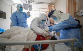 Количество инфицированных коронавирусом в Китае составило около 80 тысяч человек