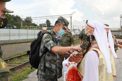 В Китае заявили, что внешние силы не должны создавать хаос в Белоруссии