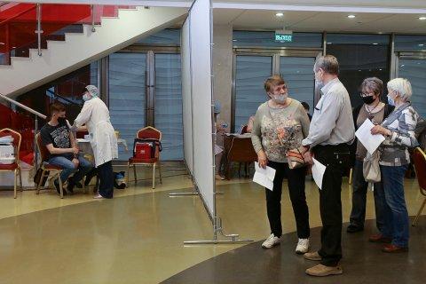 Эксперт Роспотребнадзора заявил о низких темпах вакцинации в России