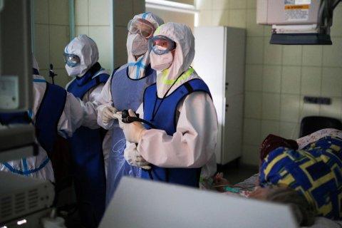 Число умерших от коронавируса превысило 56 тысяч человек