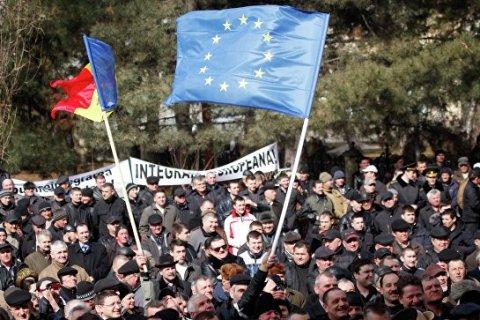 Флаг ЕС сняли с резиденции президента Молдавии