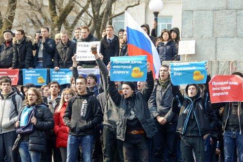 Песков: подросткам обещали деньги, если их задержат на митинге