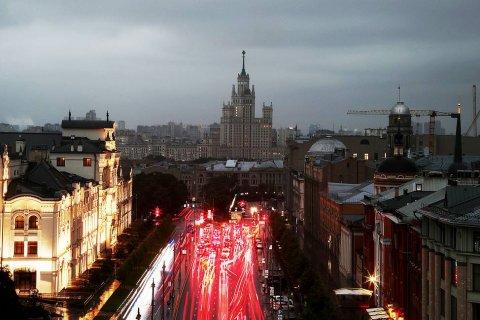 «Слишком расслабились». Власти Москвы решили заставить горожан вновь носить маски