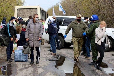 ДНР и Украина обменялись пленными в Донбассе