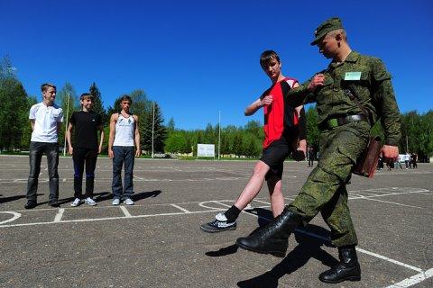 Минобороны предложило закрыть военные кафедры
