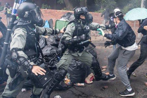 Геннадий Зюганов считает, что ситуация в Гонконге идет по сценарию «цветных революций»