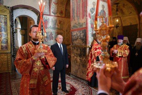 Единороссы предложили «увековечить» Путина титулом «Владимир-объединитель»