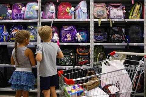 Расходы родителей на подготовку к школе выросли за два года в два раза