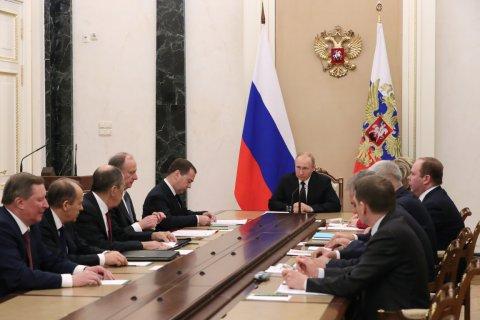 «Власть врет о положении дел в стране». Считает более половины россиян