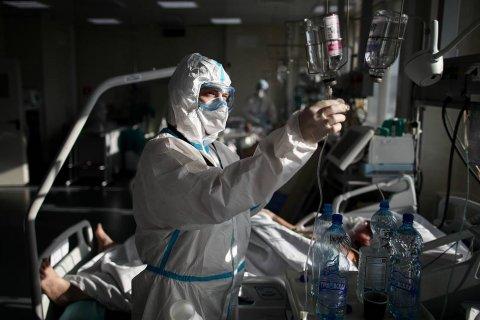 В России выявили менее 9 тысяч заболевших коронавирусом за сутки