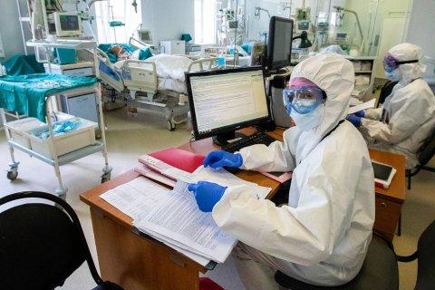 Число умерших от коронавируса в России превысило тысячу человек