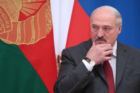 Лукашенко назвал глупостью возможность «слияния» РФ и Белоруссии в единое государство