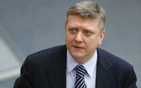 «Закручивание гаек». Единороссы предлагают лишать свободы за «клевету в интернете»