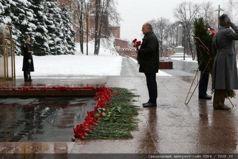 Геннадий Зюганов призвал переименовать Волгоград в Сталинград