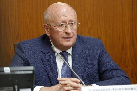 Разработчик вакцины от коронавируса «Спутник» признал, что «некоторые» чиновники получили прививку еще до ее регистрации