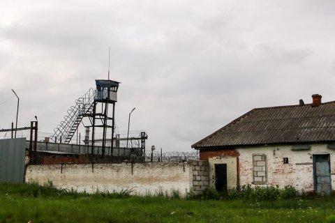 Руководство ФСИН пообещало что-то сделать с пытками, хотя заключенные «сами провоцируют». В тот же день от пыток умер один заключенный