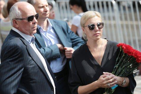 Десять богатейших жен чиновников и депутатов «назарабатывали» 5,8 млрд рублей за год