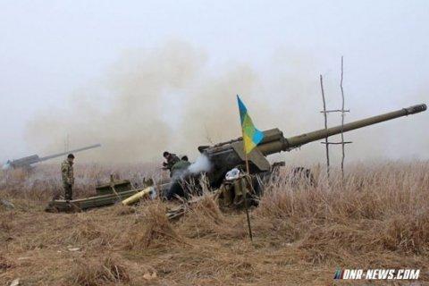 В Донбассе продолжаются артиллерийские перестрелки