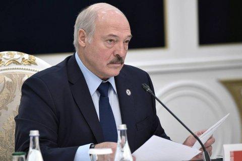 Лукашенко обвинил РФ в использовании налогового маневра для давления на Белоруссию