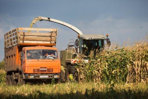 Половина российской сельхозтехники требует замены