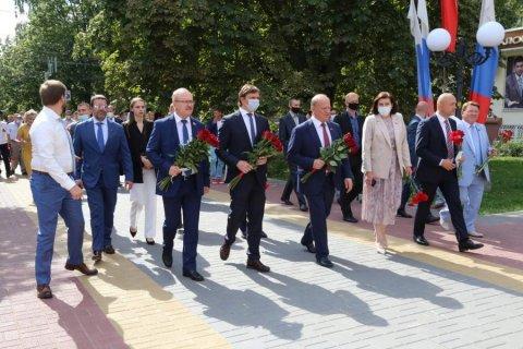 Геннадий Зюганов принимает участие в торжественных мероприятиях в Орле