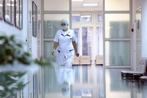 Росстат: Средняя зарплата врача на Ямале составляет 180 тысяч рублей в месяц (Это правда?)
