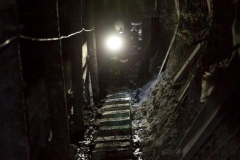 В Кузбассе около 200 шахтеров объявили забастовку из-за долгов по зарплате