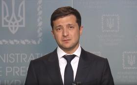 Зеленский предложил Путину переговоры в Минске. Лукашенко его поддержал. В Кремле — думают