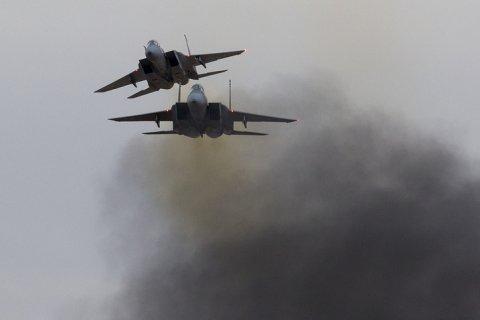 По сирийской авиабазе нанесли ракетный удар. Минобороны РФ: Это сделал Израиль