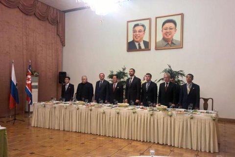 Посол КНДР: Отношения России и КНДР скрепляют узы дружбы