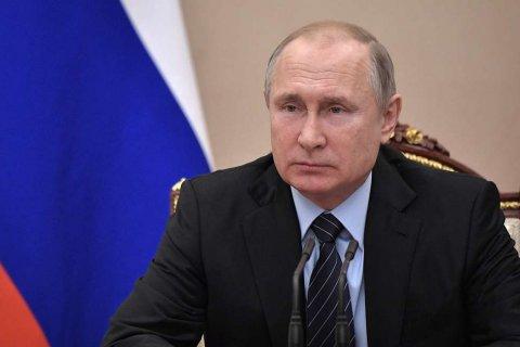 Путину доверяет менее трети россиян. Послание к Федеральному собранию не помогло