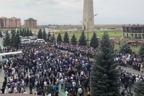 После ратификации соглашения с Чечней об обмене территориями в столице Ингушетии началась стрельба. Подробности