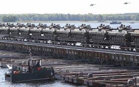 Россия сосредоточила войска у границы с Украиной и предложила об этом не беспокоиться