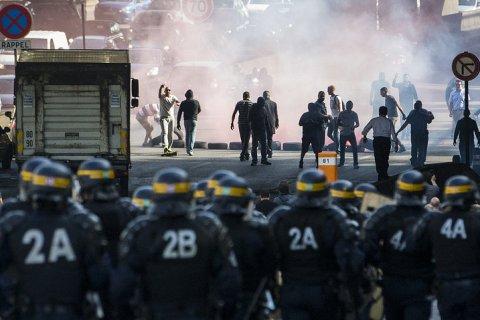 Забастовки во Франции охватили всю страну