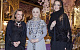 18-летняя дочь Кадырова представила в Грозном свою коллекцию вечерних нарядов