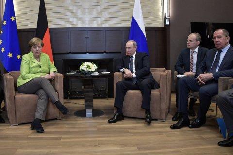 Встреча Меркель и Путина. Полное несовпадение. Подробности